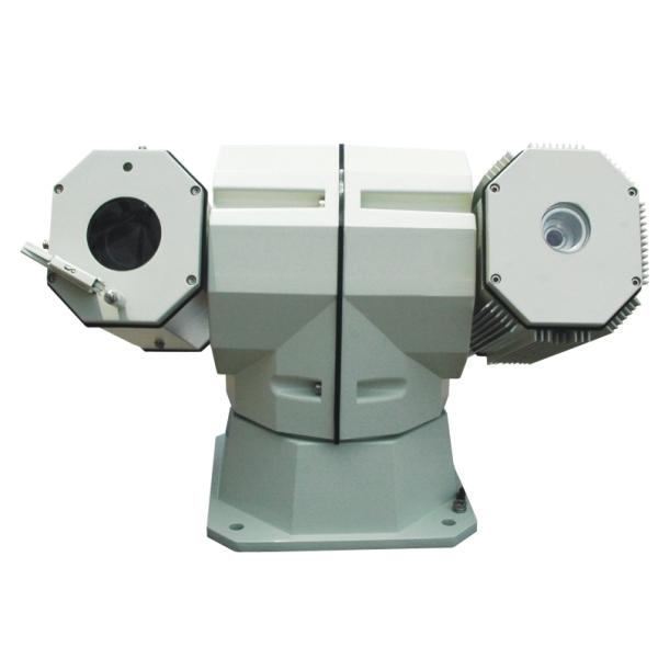 IPC512是一款室外使用的高清激光云台网络摄像机,采用130万像素 1/3英寸CCD视频传感器和高性能网络视频处理芯片,可提供720p(1280720)高清分辨率的视频图像,具备18倍光学变焦以及高速激光云台,可在完全黑暗的环境下实现400米高清激光夜视,广泛适用于平安城市、军区、机场、铁路、油田、港口、大型场馆等场景的远距离夜间监控。IPC512专业的一体化外观设计,有良好的防水和防老化的特性,适合各种室外环境。IPC512配合科达高清NVR和监控管理平台(CMS),可实现高清晰度、高可靠性、高性价比