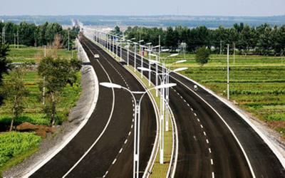 亚安高速球型摄像机值守张石高速公路